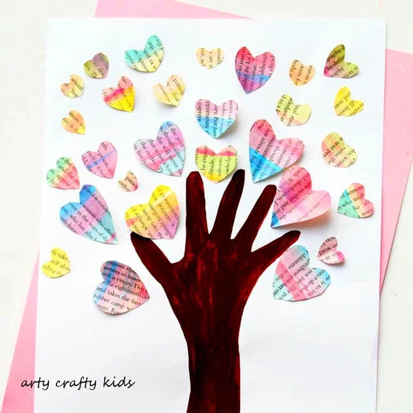 Handprint Valentine Heart Tree from Arty Crafty Kids Featured on 25 amazing Valentine craft ideas to try right now! {OneCreativeMommy.com}