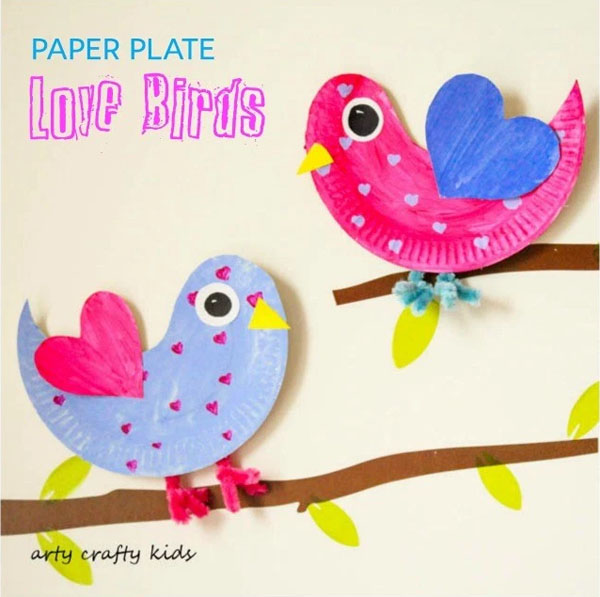 Paper Plate Love Birds from Arty Crafty Kids Featured on 25 amazing Valentine craft ideas to try right now! {OneCreativeMommy.com}