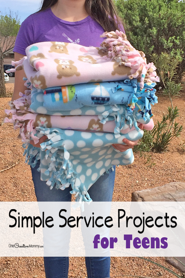 Simple service projects for teens to try today! Make these easy fleece blankets. {OneCreativeMommy.com} Step-by-step tutorial | Community service ideas #teen #serviceprojects #communityservice #justserve