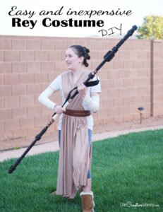 Get ready for the new Star Wars movie with this easy DIY Rey Costume! {OneCreativeMommy.com} DIY Halloween Costume Idea