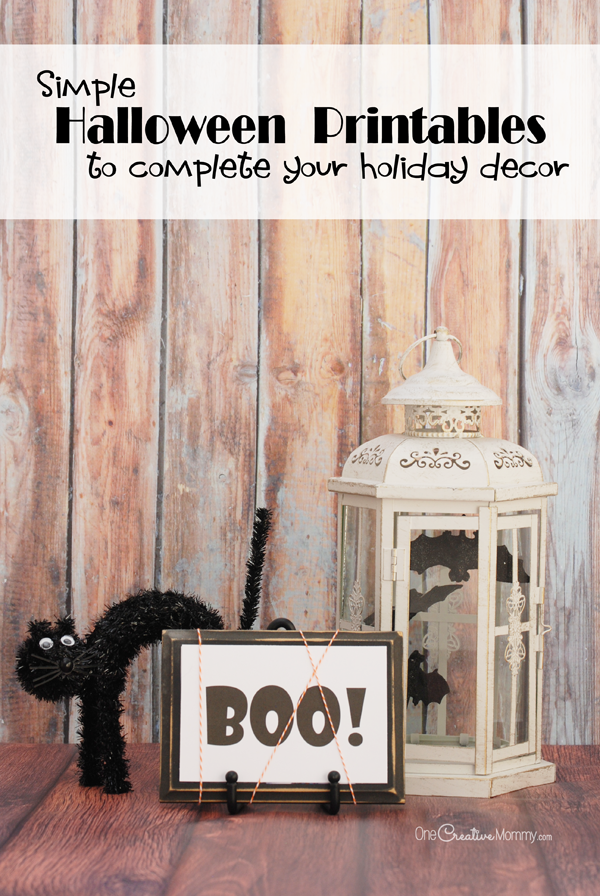 Something missing in your Halloween decor? Add that final touch with these simple Halloween printables. {OneCreativeMommy.com} Boo! Free printables