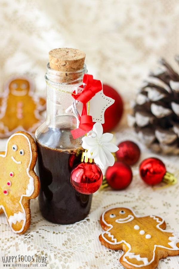 homemade gingerbread syrup from happy foods tube featured in best christmas gifts for teachers roundup