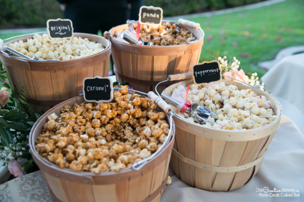 Gourmet popcorn for a gluten free wedding reception {OneCreativeMommy.com} #glutenfree #weddingreception #weddingfood