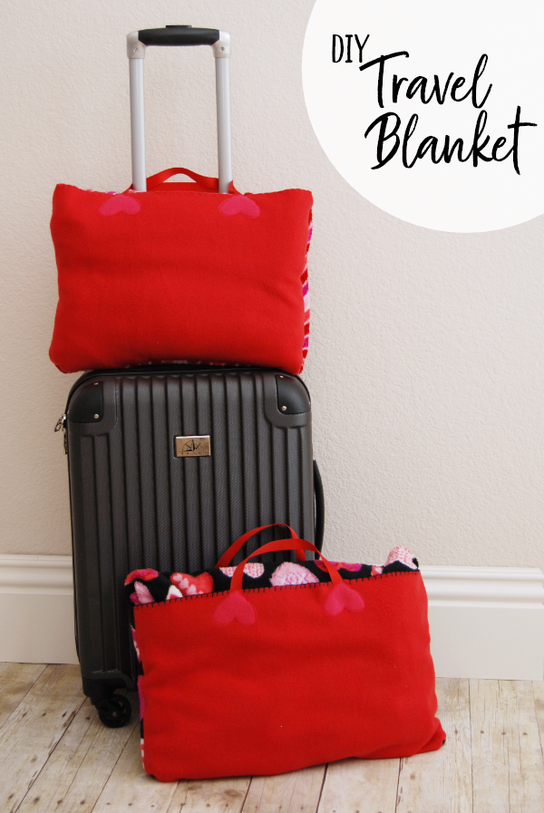 Turn any blanket into a travel blanket perfect for an airplane or the beach with this simple video tutorial {OneCreativeMommy.com} #tutorial #travelblanket #travelhacks Travel Blanket Video Tutorial