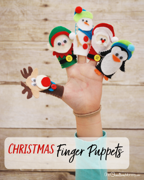 These Christmas finger puppets are the cutest! I can't wait to make them with the kids. There's even a printable template of all the designs! {OneCreativeMommy.com} #christmas #kidscrafts #christmascrafts #fingerpuppets #felt